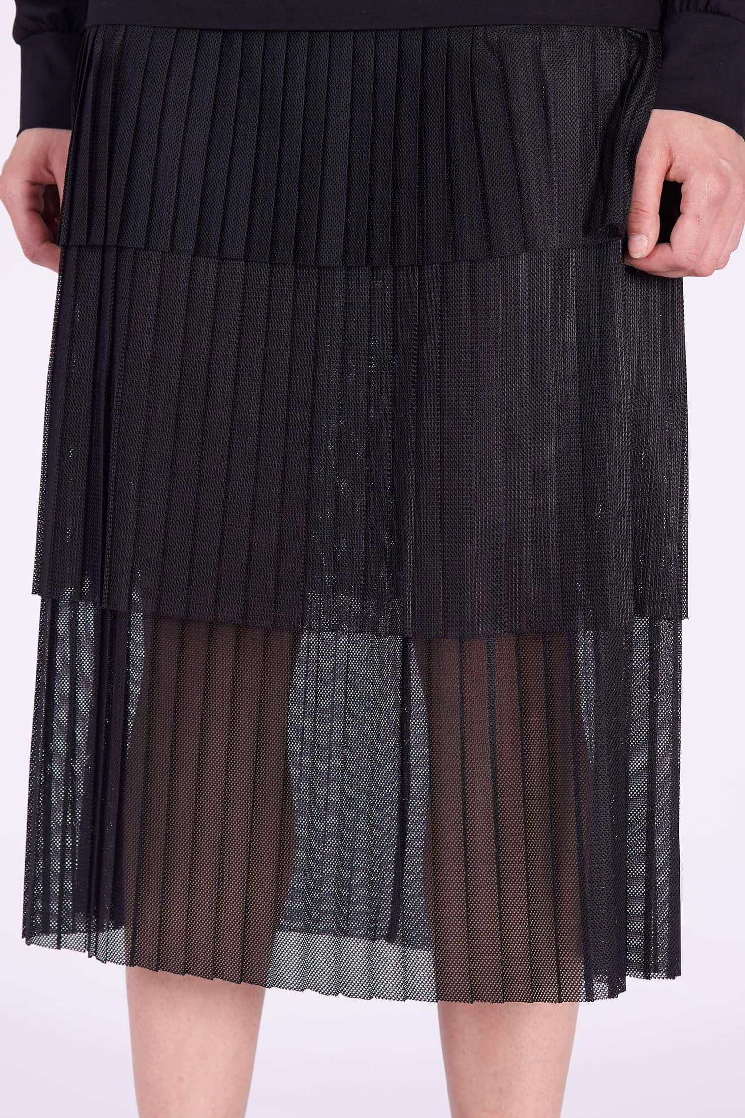 Acephala AW2018-19 Black Cotton Jersey Patch Dress // Czarna Bawełniana Sukienka z Naszywki detail